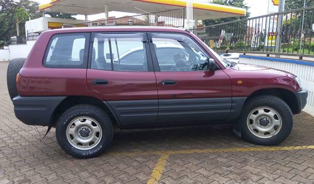 Hire a Car in Uganda.