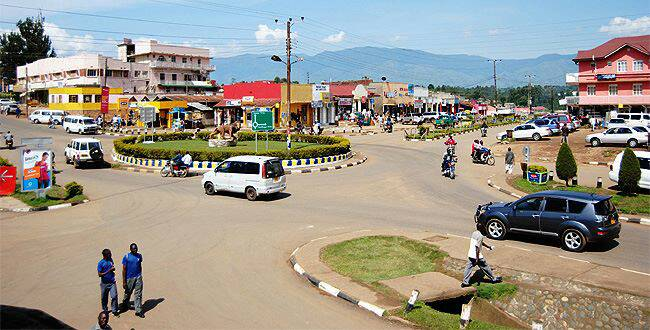 What To Do In And Around Fortportal Uganda