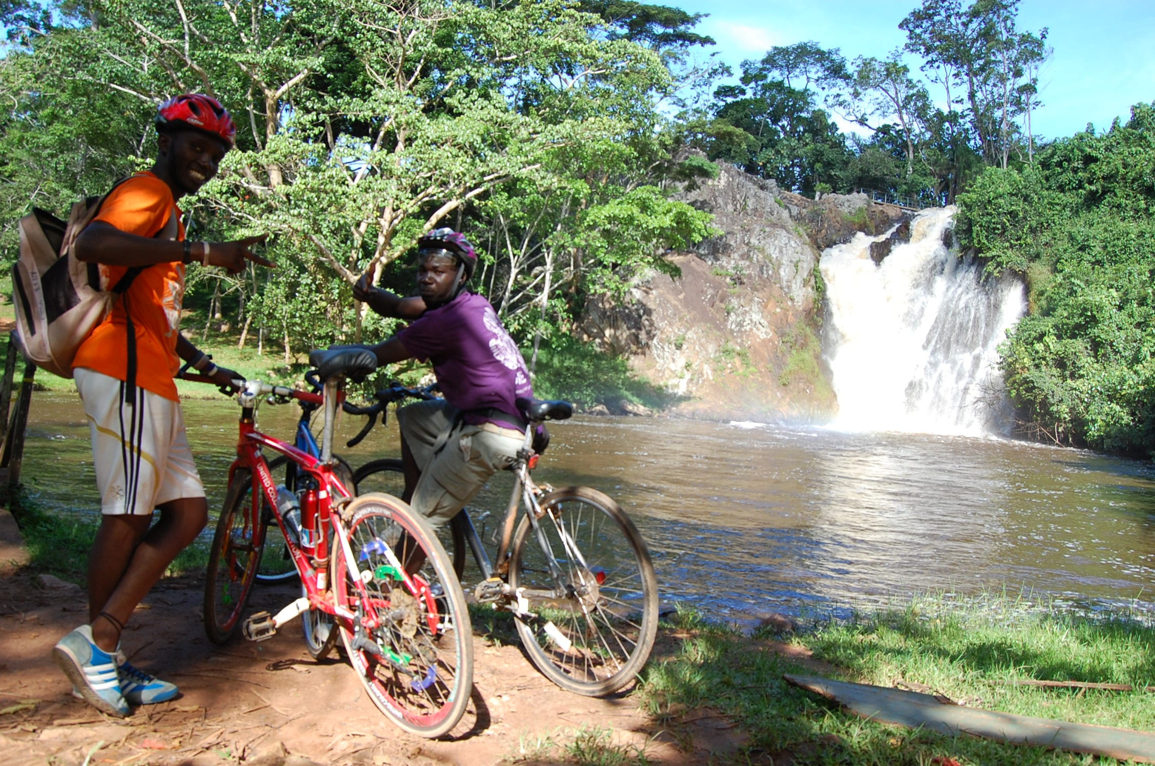 8 days biking safari Uganda